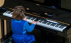 Lunchtime Concert - February